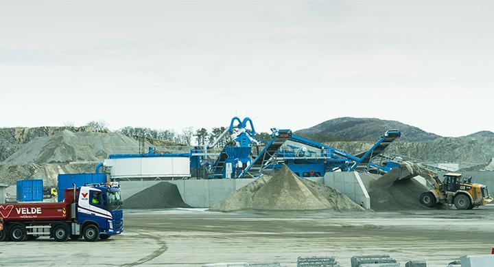maskin som gjenvinner overskuddsmasse fra byggebransjen med vaskeanlegg fra CDE global